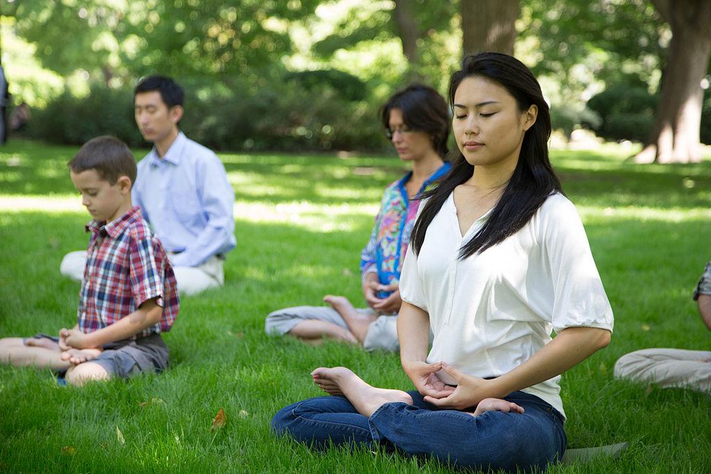 Falun_Gong_Exercises_12