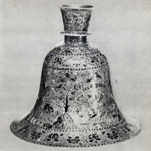bell-vase-millions-of-years-old
